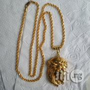 ITALY 916 Tested 22krt Gold Twisted Design Wit Jesus Piece Pendant | Jewelry for sale in Lagos State, Lagos Island
