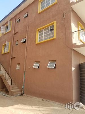 3 Bedroom Flat 4 Rent
