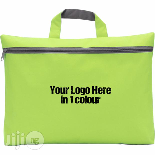 Reward Your Staff This Xmas With Customizable Seminar Bags