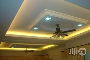 P.O.P Ceiling And Wall Screeding