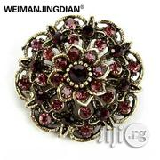 Vintage Gold Color Plated Crystal Rhinestones Flower Antique Brooch | Jewelry for sale in Lagos State, Surulere