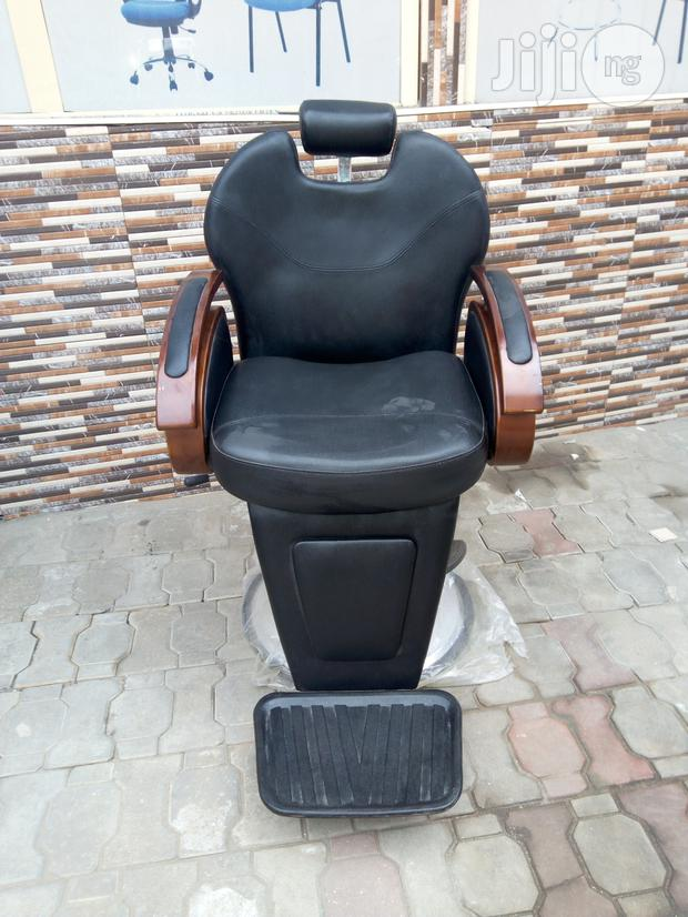 Barbing Saloon Chair For Executive