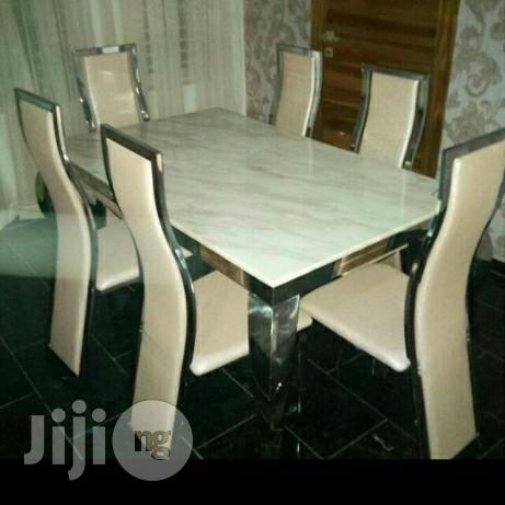 New Exclusive Marble Dinning Table