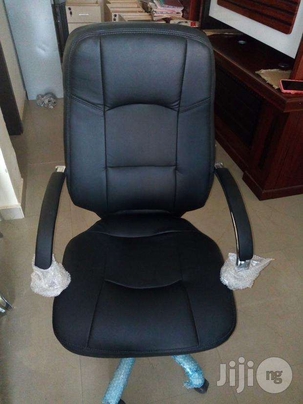 Semi Executive Office Chair