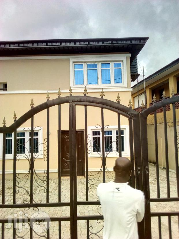 Archive: Nice And Well Finished Duplex For Sale In Surulere