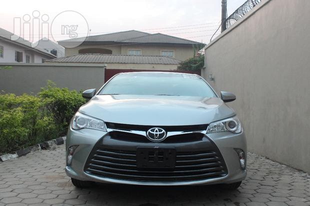 Archive: Toyota Camry 2017 Silver