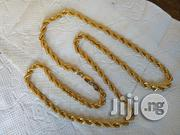 PURE ITALY 750 Original 18karat Gold Necklace Twisted Design | Jewelry for sale in Lagos State, Amuwo-Odofin