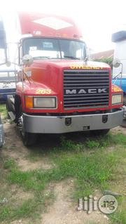 Mack CH Tractor Head 6 Tyres 2002 | Heavy Equipment for sale in Lagos State, Amuwo-Odofin