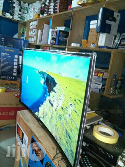 Samsung 42inches Curve Tv