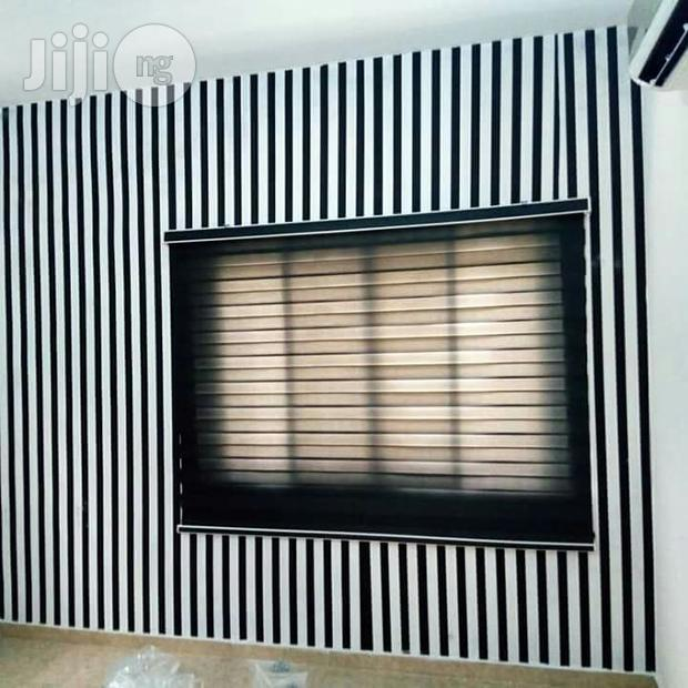 Wallpaper/Wallpanel/Windowblinds/Curtains/Painting