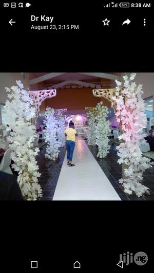Walkway And Flowers Wedding Decoration