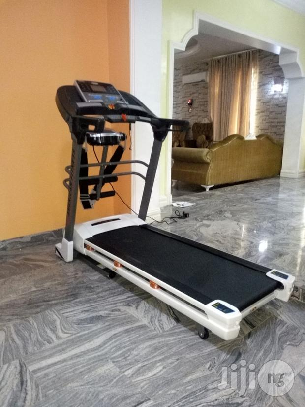 American Fitness 2.5hp Treadmill With Massager