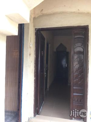Room And Parlor Selfcontain In EPE