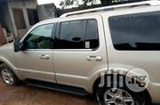 Lincoln Navigator 2004 Gold | Cars for sale in Lagos State, Ojodu