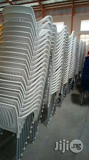 White Plastic Chairs   Furniture for sale in Lagos State, Lekki Phase 1