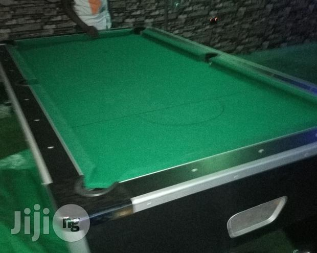 Coin Marble Snooker