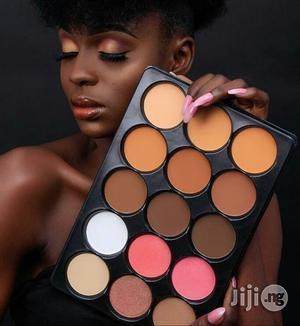 Flawless Ivy Pallette Powder With Contour And Bronzer