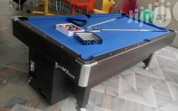 Snooker Board With Coin