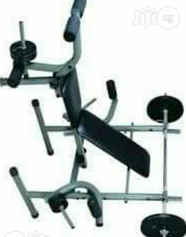 American Fitness Weight Bench With 45kg Bar Bell