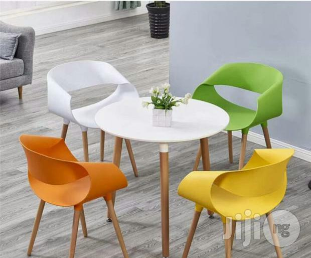 Set Of Outdoor Chairs/Table
