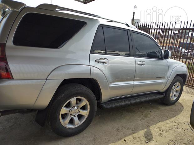 Archive: Toyota 4-Runner Limited 4x4 2004 Silver