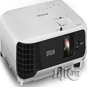 Epson EPSON Eb-s04 Portable Versatile Projector | TV & DVD Equipment for sale in Lagos State, Ikeja