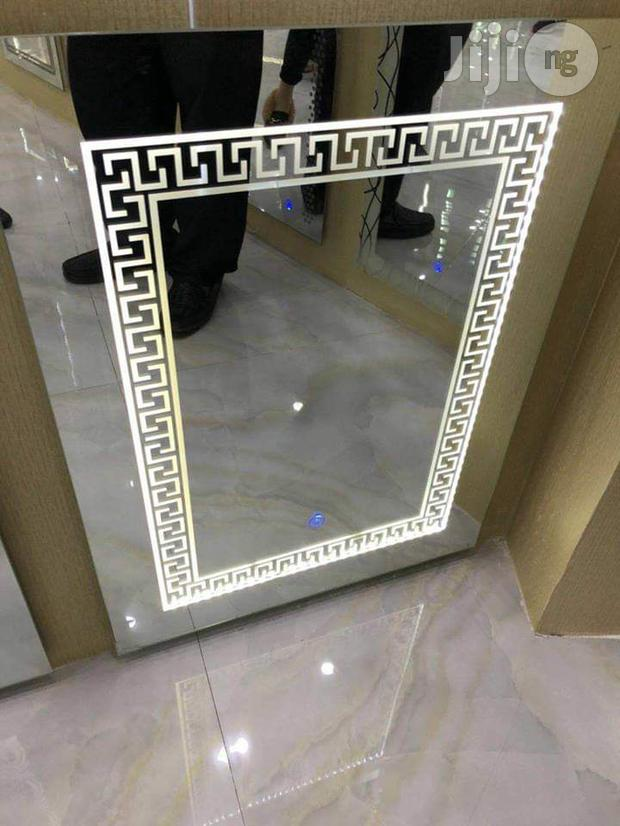 Exquisite Wall Mirror