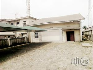 TO LET: A Show Room At Waterline, Portharcourt