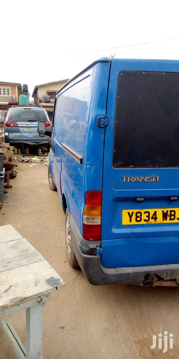 Archive: Ford Transit 2002 Blue