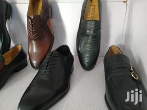 Get Your Bulk Quantity of Quality Designer Men Shoes at Low Cost Today
