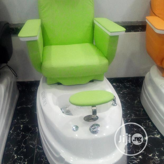 Brand New Electric Spa Pedicure Massage Chair