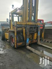 30tons New Arrival European Used Clark Folklift Machine 4sale | Heavy Equipment for sale in Lagos State, Amuwo-Odofin