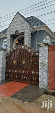 Well Renovated 2 Bedroom Flat At Dream Ville Estate Ajuwon | Houses & Apartments For Rent for sale in Lagos State, Ojodu