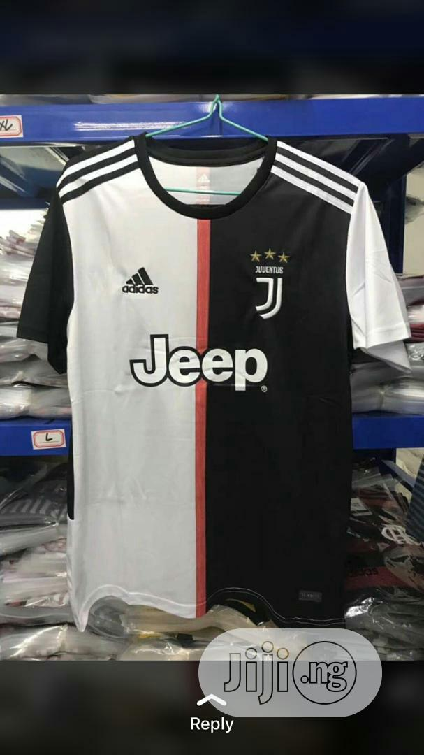 Archive: Juventus 2019/20 Home Jersey
