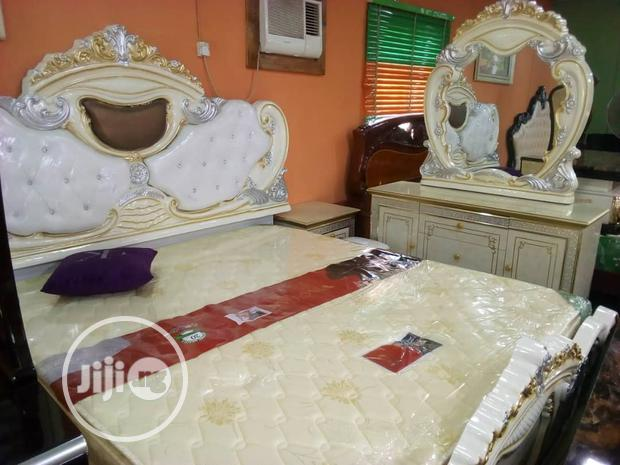 Quality Sets Of Royal Bed