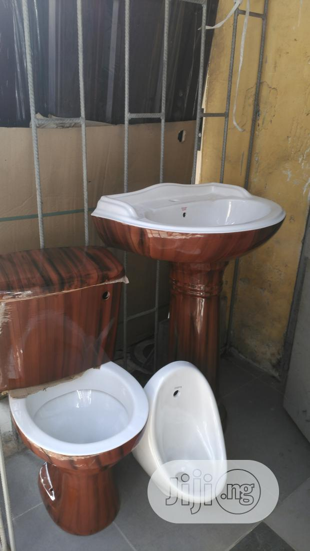 Archive: Italian WC Hanging With Basin