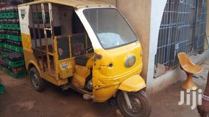 Bajaj Boxer 2011 Orange