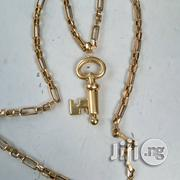 Italy 750 Gold Blocks Design With Key Pendant   Jewelry for sale in Lagos State, Lagos Island