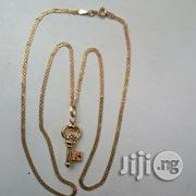 Carpet Design ITALY 750 Gold With A Key Pendant   Jewelry for sale in Lagos State, Lagos Island