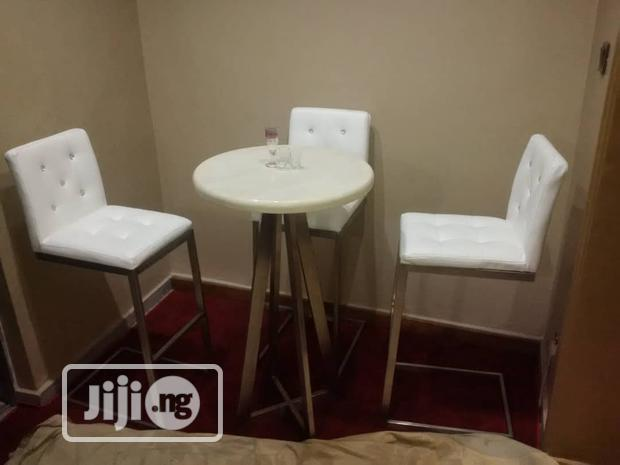 Quality Bar Stool and Table