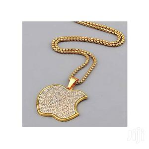 Fashion Men's Stony Pendant and Necklace - Gold
