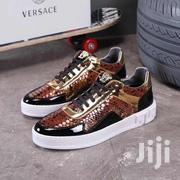 Versace Sneaker Available as Seen Make Order Now   Shoes for sale in Lagos State, Lagos Island