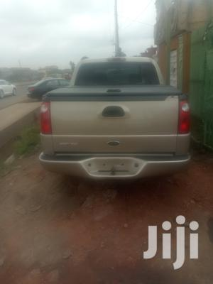 Ford Explorer Limited 4.0 4x4 2005 Gold