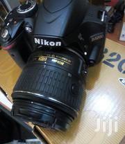 London Use Nikon D3200 (18-55)Mm | Photo & Video Cameras for sale in Lagos State, Ikeja