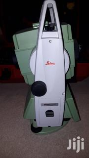 "Leica Ts06 5"" R400 Total Station 