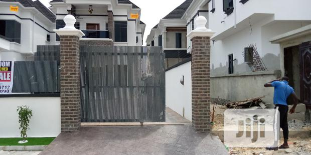 Archive: 5bedroom Fully Detached Duplex With BQ In An Estate Lekki For Sale