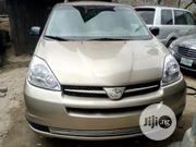 Toyota Sienna 2006 Gold | Cars for sale in Lagos State, Isolo