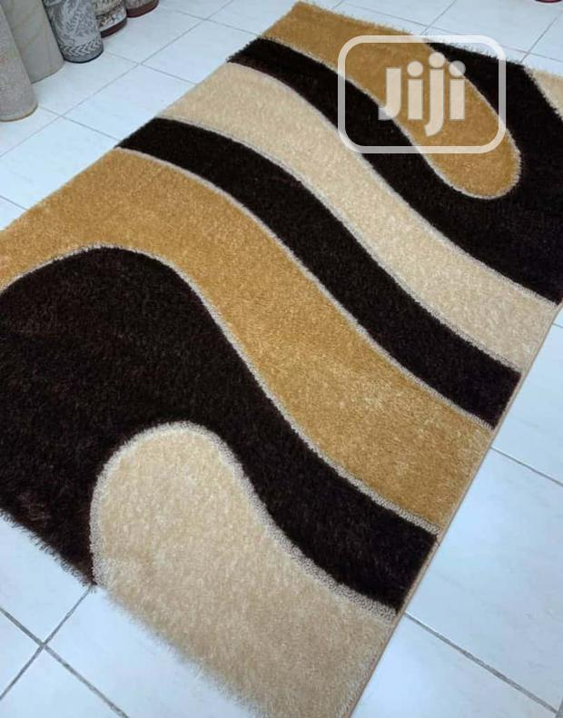 Quality 5ft by 7ft Center Rug