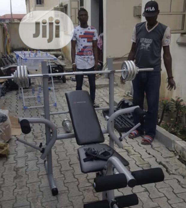 New Weight Lifting Bench With 50kg Barbell