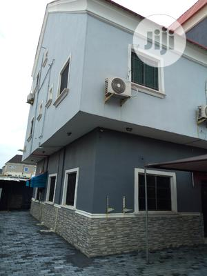 Clean & Spacious 4 Bedroom Flat At Igbo Efon Lekki Phase 1 For Sale.